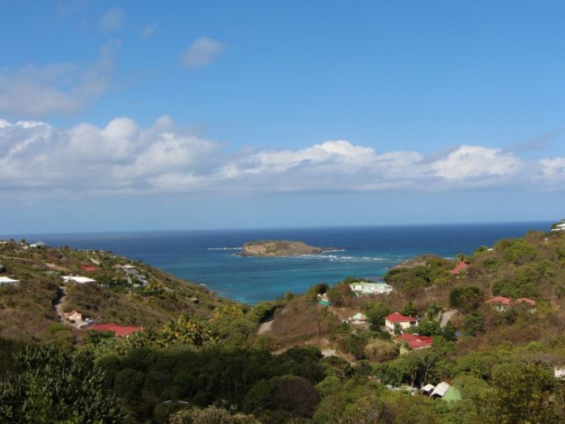 Sale building land st barthelemy marigot 1 690 000 for Marigot beach st barts